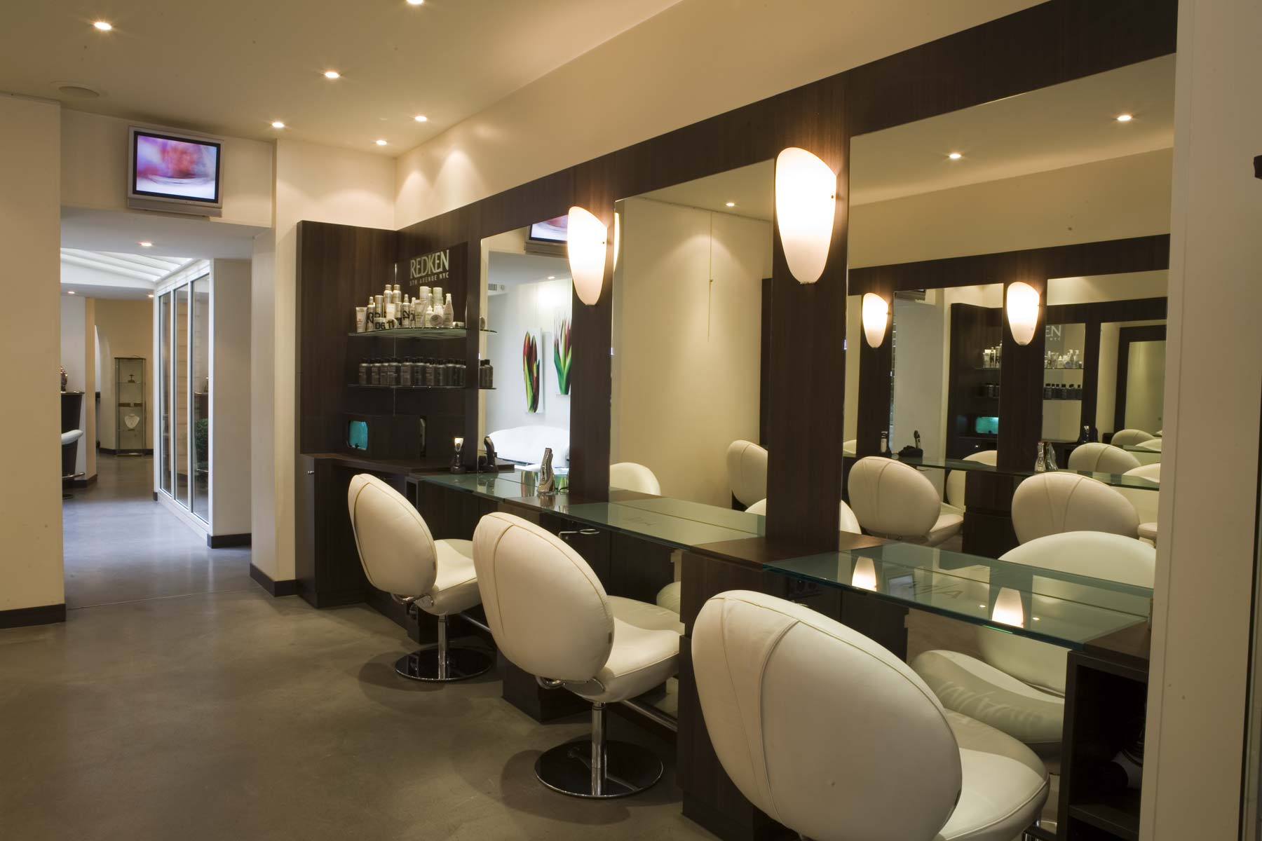 Coiffure salon coiffure institut beaut relooking paris 75 for Photos de salons